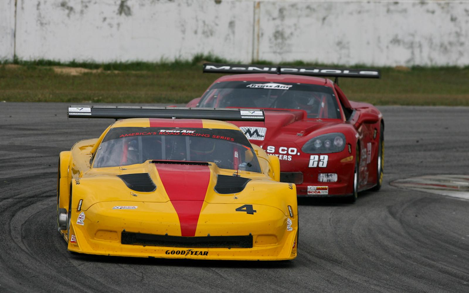 Trans Am double-header culminates in victories for Ave and Ruman