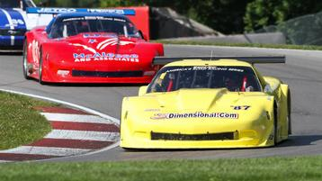 Drivers battle traffic as they feel out Mid-Ohio course, cars, in preparation for qualifying