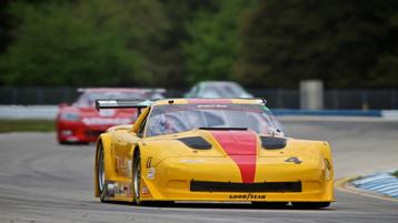 Tony Ave leads the way during first practice at Sebring